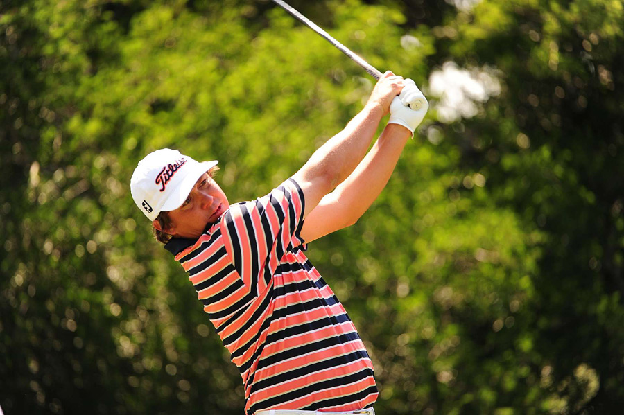 Jason Dufner birdied four of the last five holes to grab a one-shot lead heading into the weekend.