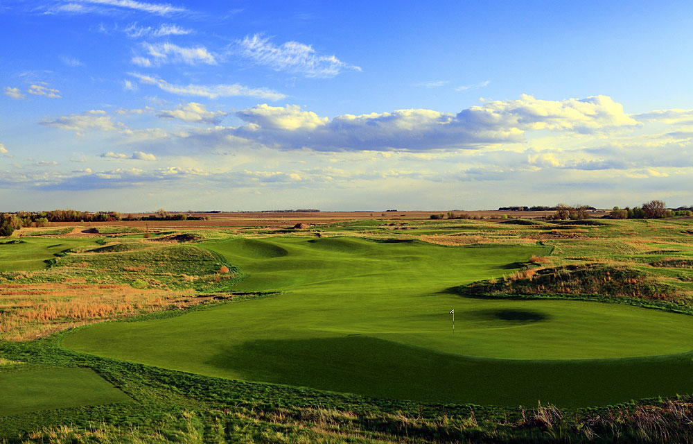 BEST NEW COURSES YOU CAN PLAY                       Awarii Dunes                       Axtell, Neb.
