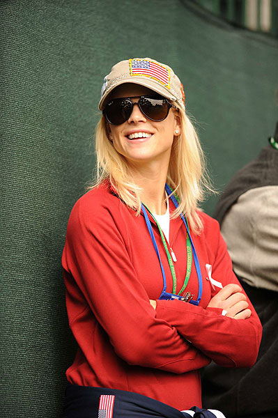 was on hand to cheer her husband at the 2009 Presidents Cup.