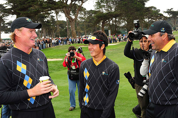 Ernie Els, left, with Ryo Ishikawa and Angel Cabrera, two of the four singles winners from the International team. Geoff Ogilvy and Tim Clark also won their matches.