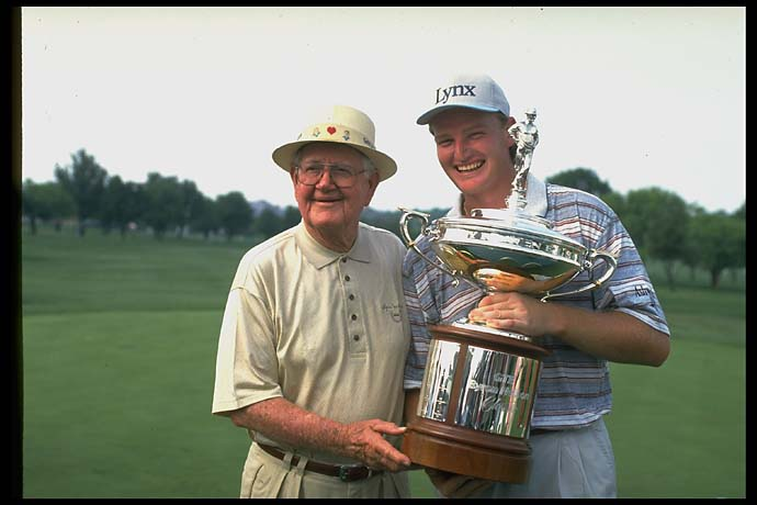 Ernie Els with Byron Nelson after Els won the Byron Nelson tournament in 1995.