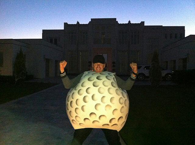 Nick Faldo: @NickFaldo006: @IanJamesPoulter there's a golf ball in your yard!!!
