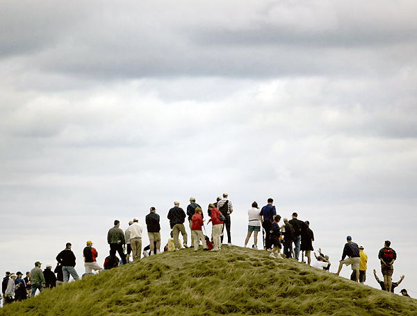 Fans on the 17th hole in 2004.