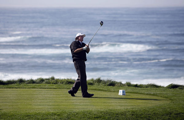 moved into contention with a five-under 67 at Spyglass Hill.