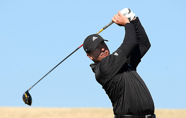 Pat Perez made seven birdies and one bogey for a six-under 65.