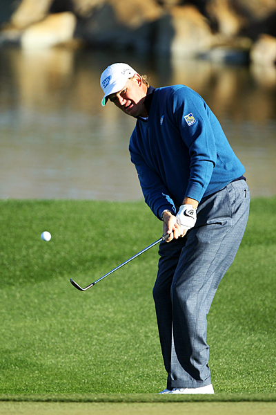 Ernie Els was 3 down after three holes to Jeff Overton, but Els rallied to win in 19 holes.