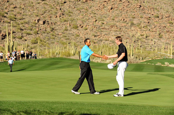 Woods closed out Jones with a par on No. 16.