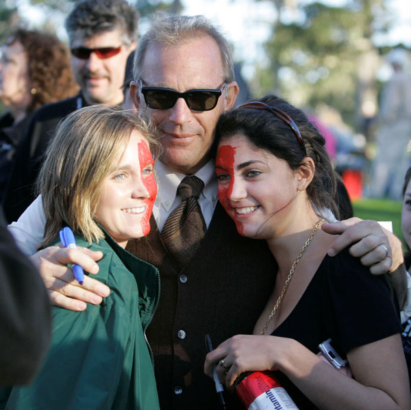 Actor Kevin Costner posed for a picture after his round.