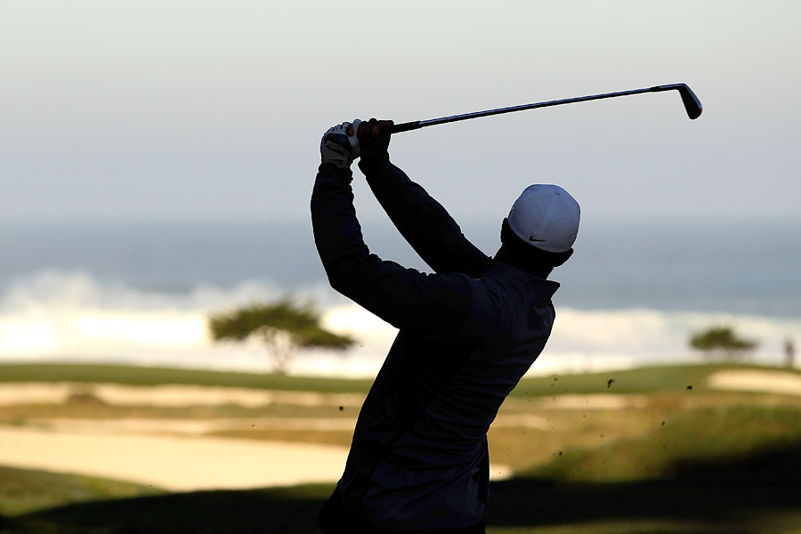 He won the 2000 AT&T Pro-Am by two strokes over Matt Gogel and Vijay Singh. Four months later, Woods won the U.S. Open at Pebble Beach by 15 shots, the largest margin of victory ever in a major championship.