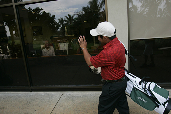 Honolulu Country Club has graciously granted Fujikawa access to its facilities.