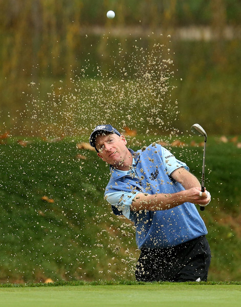 Jim Furyk shot a one-under 71 to remain in the hunt.