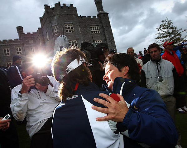Nicholas shared a moment with U.S. captain Rosie Jones in the moments after the competition ended.