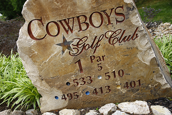 Tee markers include the Cowboys' famed star logo.