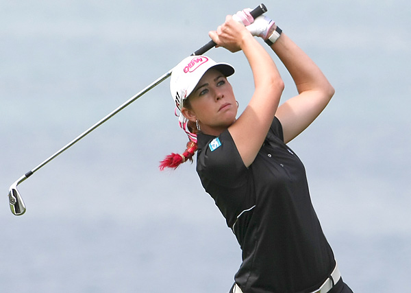 Paula Creamer shot a two-under 70 and is tied for 17th.
