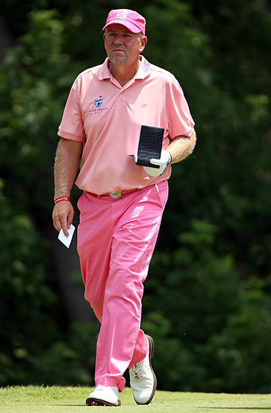 embraced the spirit of the Pink Out, but struggled to a 5-over 75 on Saturday.