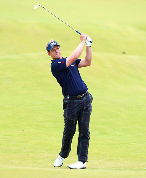 fired a 63 to finish at 19 under and win the Scottish Open.