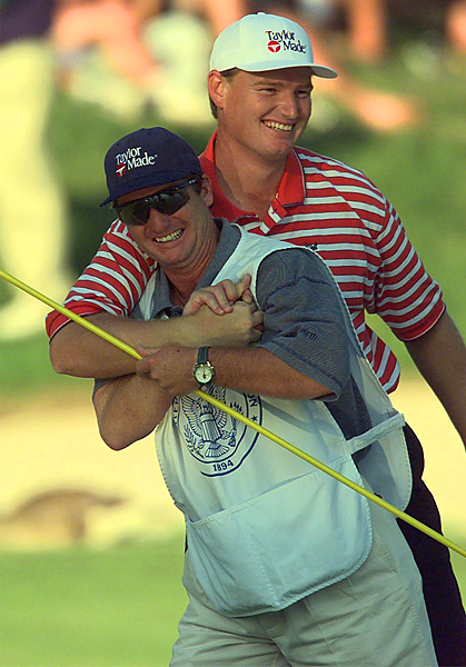 Ernie Els and Ricci Roberts                           Ernie Els will sometimes go on a caddie walkabout, but he always seems to return to his mate, Ricci Roberts.