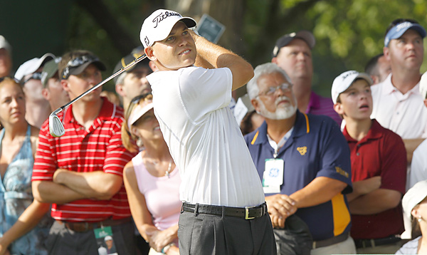 Bill Haas parred the first hole of sudden death -- not good enough to match Stallings's birdie.