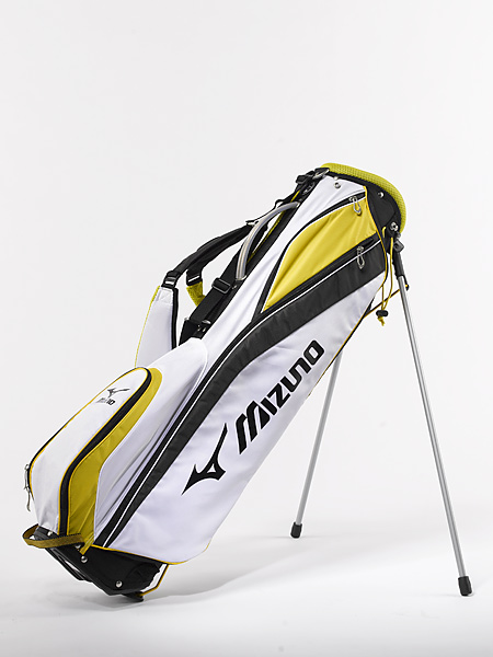 "Mizuno AeroLite Micro ($100): Finding the right club is a snap with Mizuno's Kabuki Organizer Top Cuff. The company's ""Divide and Slide Technology"" uses the clubheads' natural weight to separate them, ensuring easy accessibility. In the comfort department, the bag's AeroStrap provides triple padding in the shoulder harness while the Airmesh Hip Pad encourages ventilation and reduces perspiration build-up."