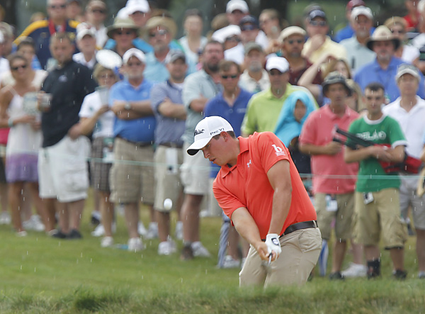 After shooting a four-over 38 on the front nine, Stallings fired a 31 on the back to make the three-way playoff.