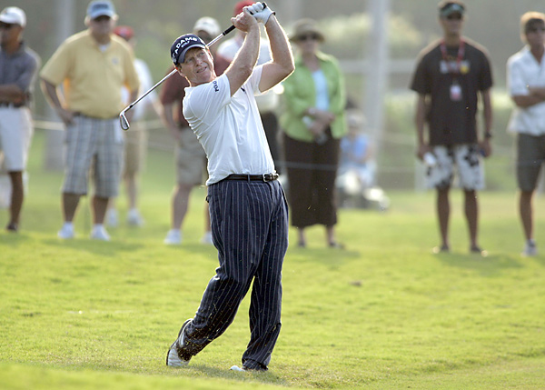 The final round at Hualalai on Hawaii's Big Island came down to a duel between Tom Watson and Fred Couples. Neither man, by and large, missed a shot. Watson shot a final-round 65 and Couples shot 64, but the old man won by a shot. It was amazing golf.
