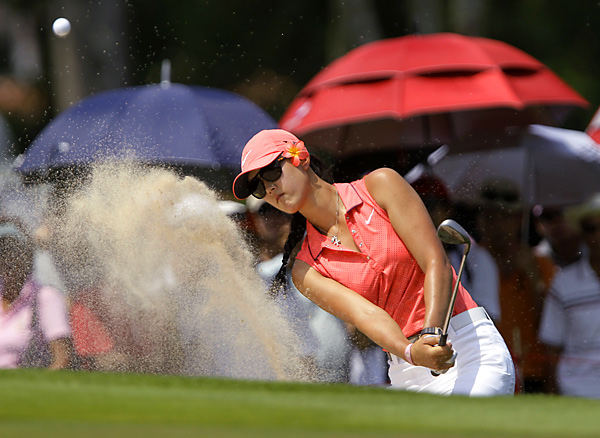 Michelle Wie settled for a final-round 70 to finish second in the season-opening LPGA event.