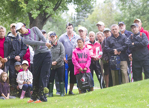 Michelle Wie sank long putts on the 15th and 17th holes to make it close, but the defending champion fell one shot shy of winner Brittany Lincicome.