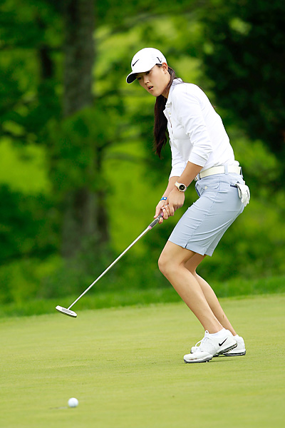 Michelle Wie beat Beatriz Recari 4 and 3.