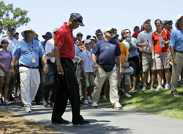 The Neck Injury Woods's comeback attempt was repeatedly derailed in 2010. Far out of contention in the final round at the Players Championship, Woods walked off the course on the seventh hole after injuring his neck while hitting an iron shot.