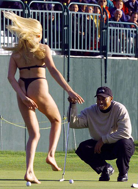 Streaker at the 1999 British Open Yvonne Robb stripped down to her underwear during the 1999 Open at Carnoustie, surprising Woods as he waited to putt. Moments later, she planted a kiss on Woods's cheek. She was fined $160.