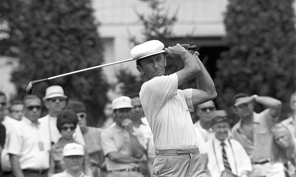 Gardner Dickinson, Ryder Cup Record: 9-1-0                           Dickinson only played in two Cups (1967 and 1971) but his incredible, nearly flawless record is deserving of this list.