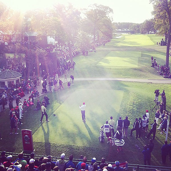 @mwalker1271: Tiger Woods on the first tee at Medinah Friday morning.