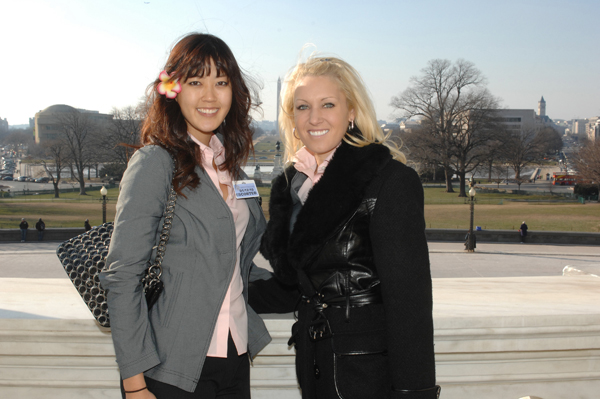 Natalie Gulbis began her season by visiting Washington D.C. with the victorious Solheim Cup team.