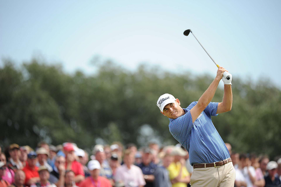 Bill Haas birdied 18 for a 74.