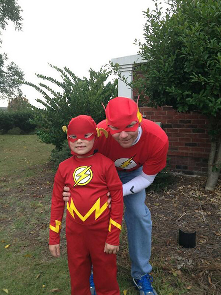 "Tommy Gainey""Happy Halloween! Fun times with my boy. #flash."" Via Twitter."