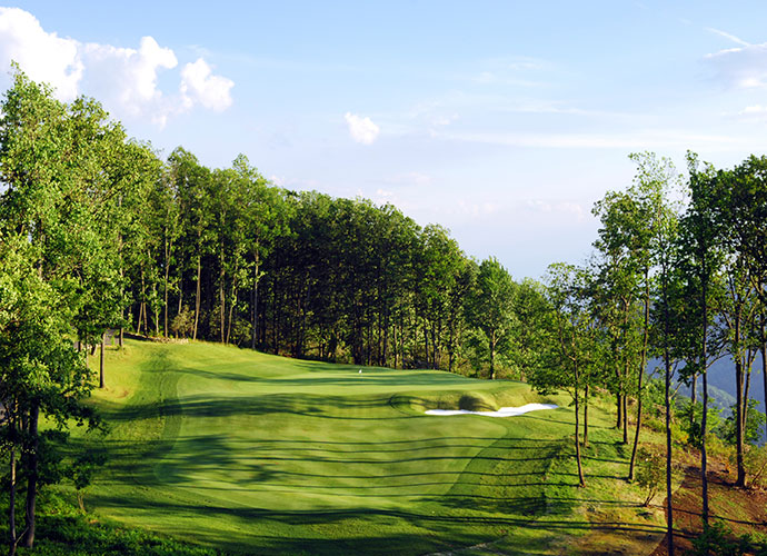 35. The Highland Course at Primland Resort Meadows of Dan, Va.; Donald Steel (2006) -- $50-$220, primland.com