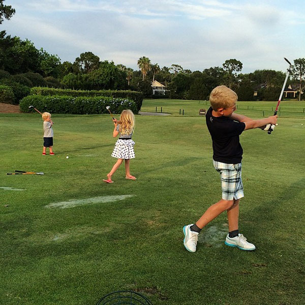 @IanJamesPoulter: Poulters on the range working right now. Lake Nona. Go team go.