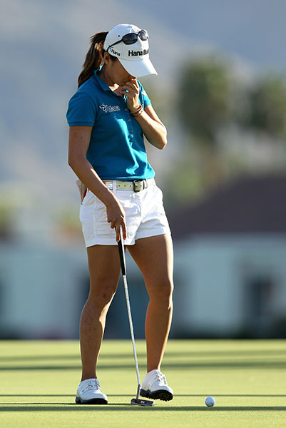 Leading by one, I.K. Kim faced a birdie putt at the 72nd hole, a certain lock to win her first major, the 2012 Kraft Nabisco Championship. She stroked the putt nicely and ran it 12 to 18 inches past the cup. Whether it was the shadows from the tall palms or the moment itself, Kim shockingly missed the come backer -- then lost in a playoff. One of golf's ultimate nightmares: A one-foot putt to win your first major -- and missing it.