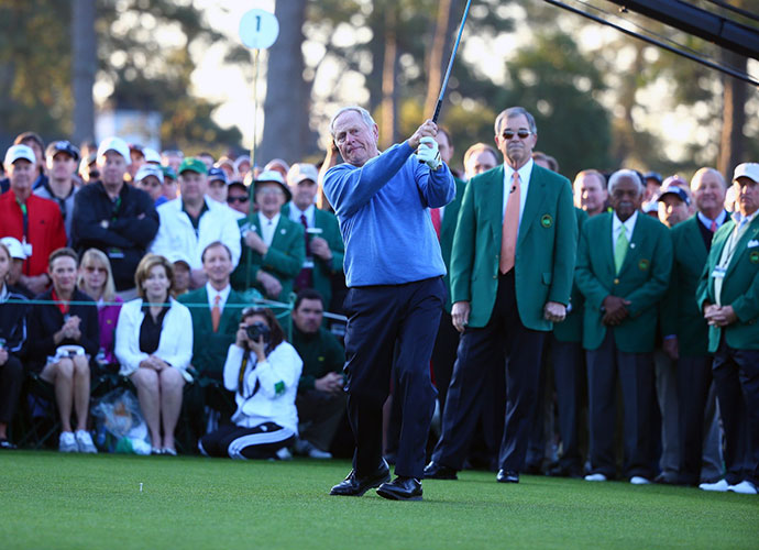 Six-time Masters champion Jack Nicklaus hits the ceremonial opening shot.