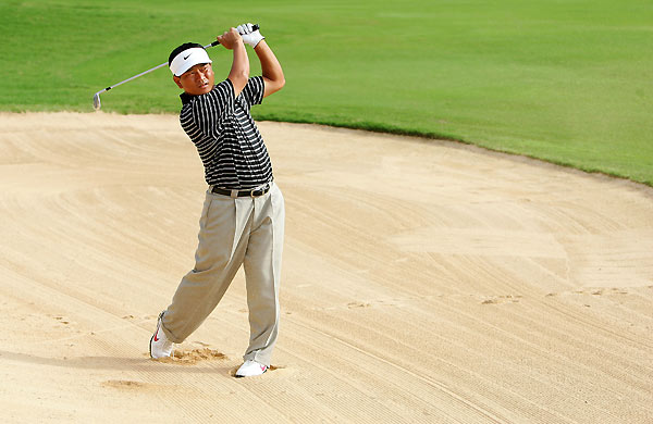 Second Round of the Sony Open                           K.J. Choi finished with three straight birdies to grab the lead at the Sony Open.