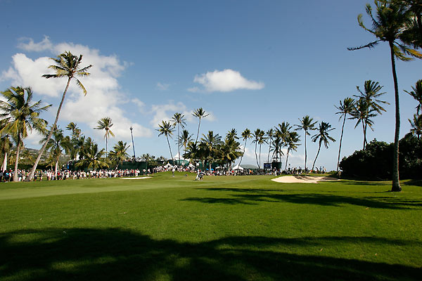 The 194-yard par-3 11th at Waialae Country Club.