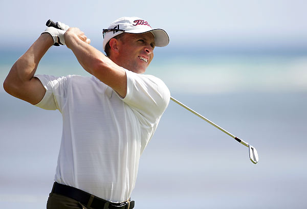 Tim Wilkinson fired an eight-under 62, the lowest round of the tournament.