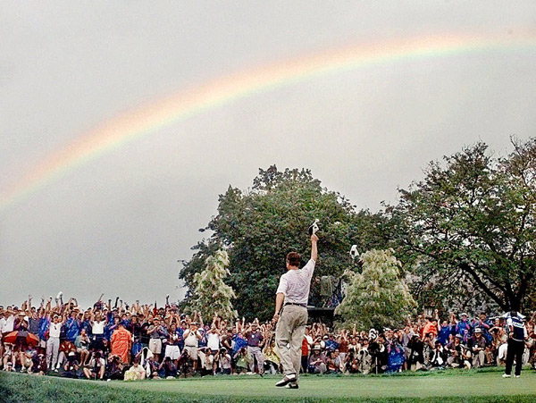 In 1997, Love won his first and only major, the PGA Championship at Winged Foot.