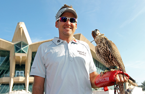 Ian Poulter and several pros at this week's Abu Dhabi Golf Championship got their pictures taken with a falcon in front of the clubhouse at the Abu Dhabi Golf Club.