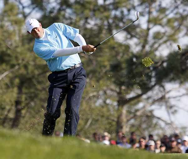 Stewart Cink made an eagle on 18 to vault into second place, eight shots behind Woods.