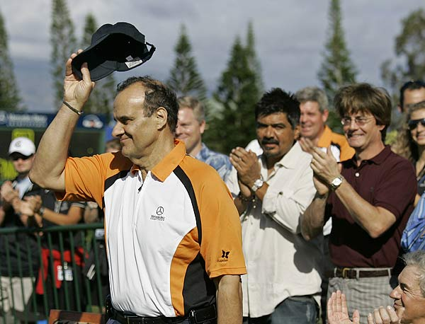 Joe Torre, the new manager of the Los Angeles Dodgers, introduced the players on the first tee.