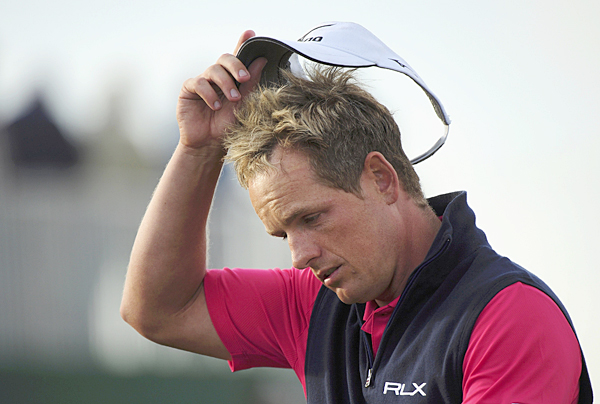 Luke Donald bogeyed the last four holes to miss the cut. Donald, the No. 1 ranked player in the world, hadn't missed a cut since the Northern Trust Open in February.