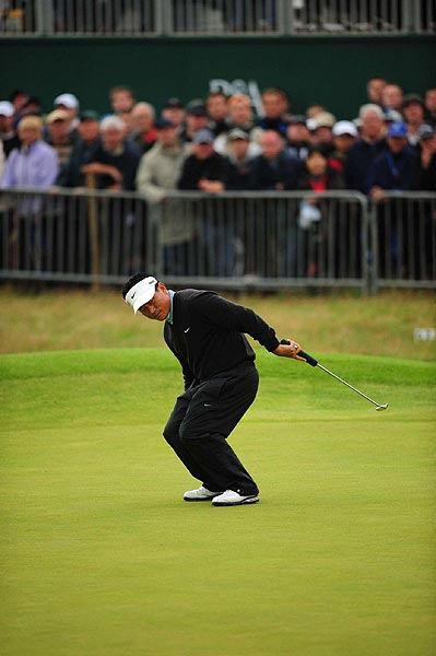 Second Round of the British Open                           K.J. Choi took a one-stroke lead when he birdied 18.