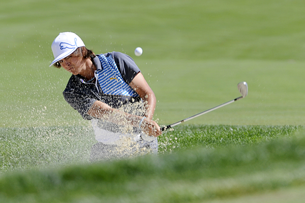made three birdies and two bogeys for a 1-under 69.