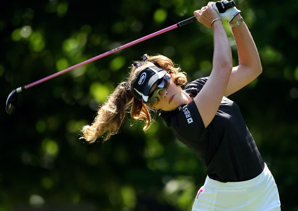 Paula Creamer moved up the leaderboard with a bogey-free 69.